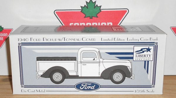 TR1-3R 1940 Ford Pickup – Employé